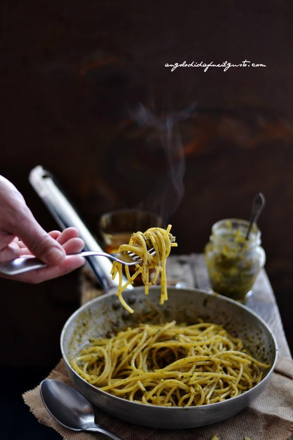 pesto di rucola, pomodori secchi, pistacchi e olive taggiasche 17