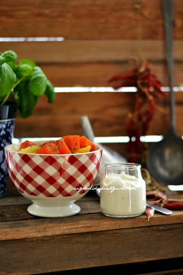 Tutte Pollo arrosto, verdure lesse e dip allo yogurt 43