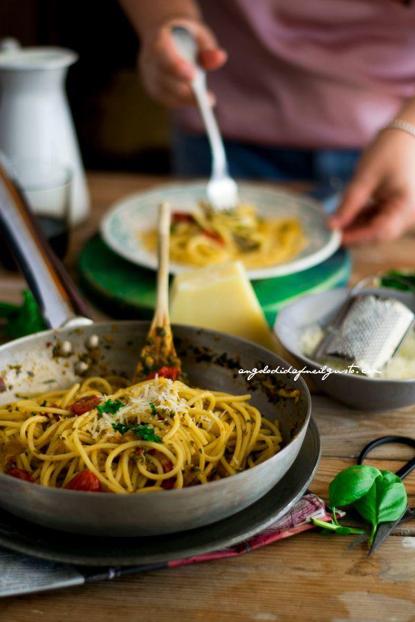 Volevano essere spaghetti aglio, olio e peperoncino        (5)