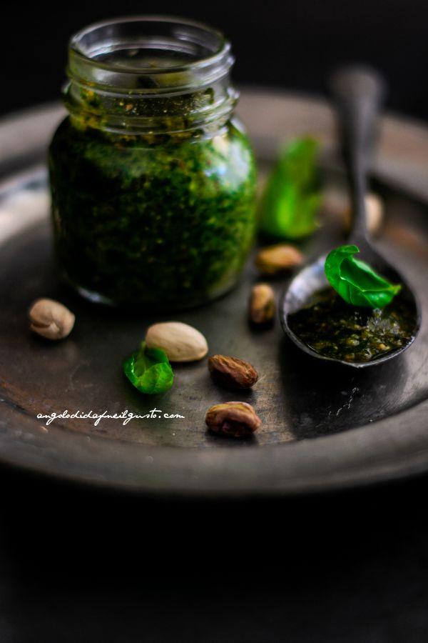 Pesto di basilico, pistacchi e limone (3)