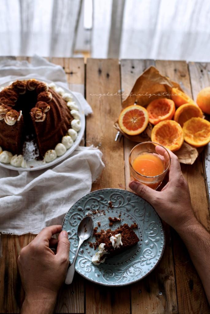 Ciambella al cioccolato con farina di riso, carote, mandorle e arancia_1917