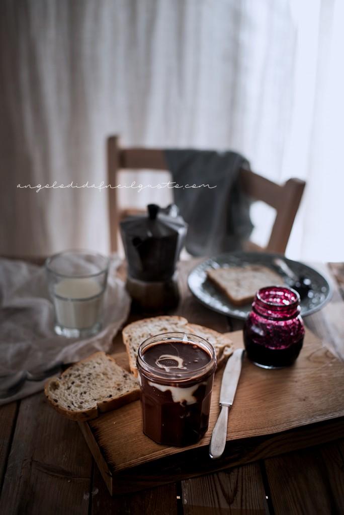 Crema spalmabile al cioccolato e marshmallow 2160