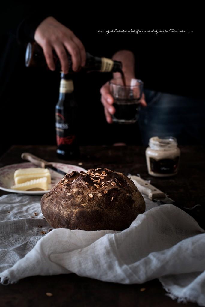 Pane scuro alla Guinness e nocciole2394
