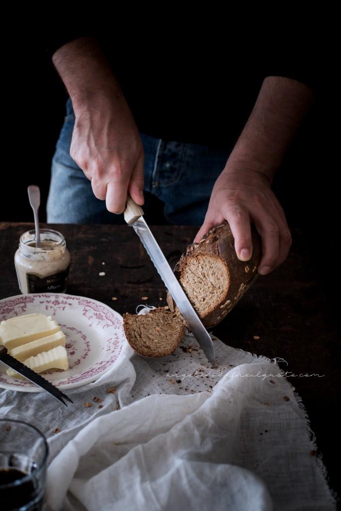 Pane scuro alla Guinness e nocciole2403