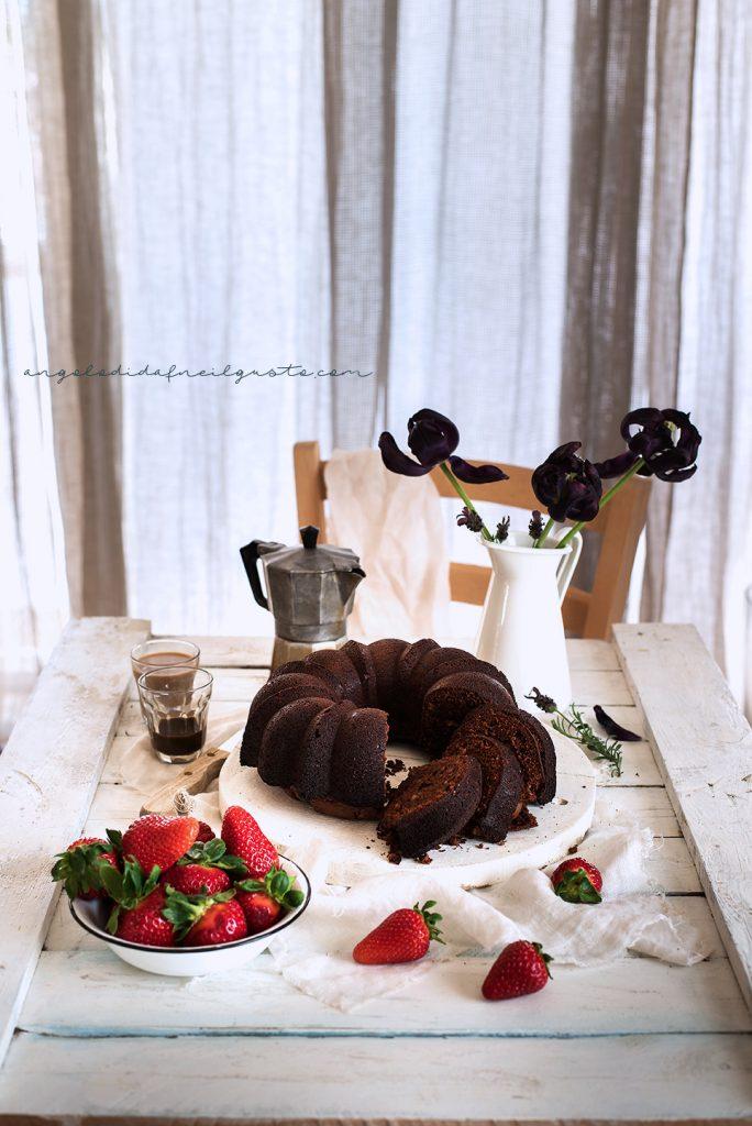 Bundt cake al cioccolato, mandorle e ricotta 4838