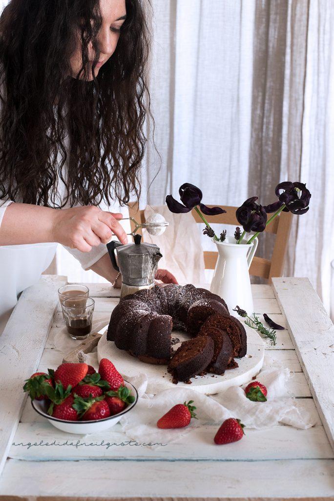 Bundt cake al cioccolato, mandorle e ricotta 4841