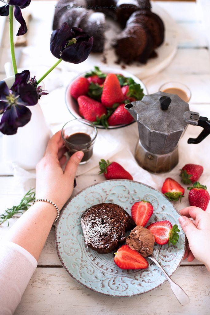 Bundt cake al cioccolato, mandorle e ricotta 4867