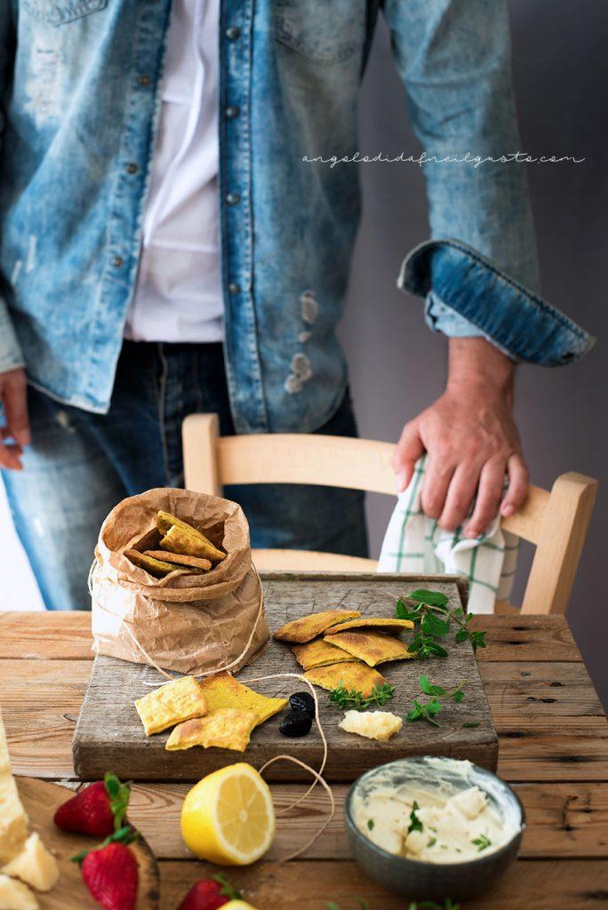 Cracker alla senape, mandorle e pistacchi con crema di robiola6