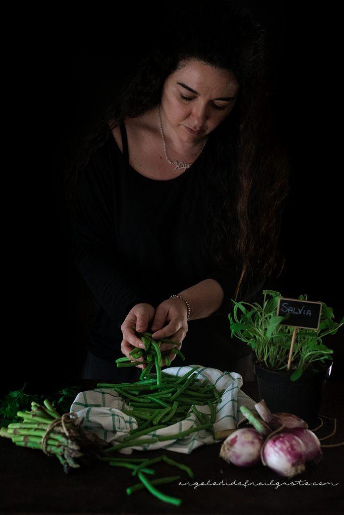 Troccoli con asparagi, fagiolini e trito aromatico_5335