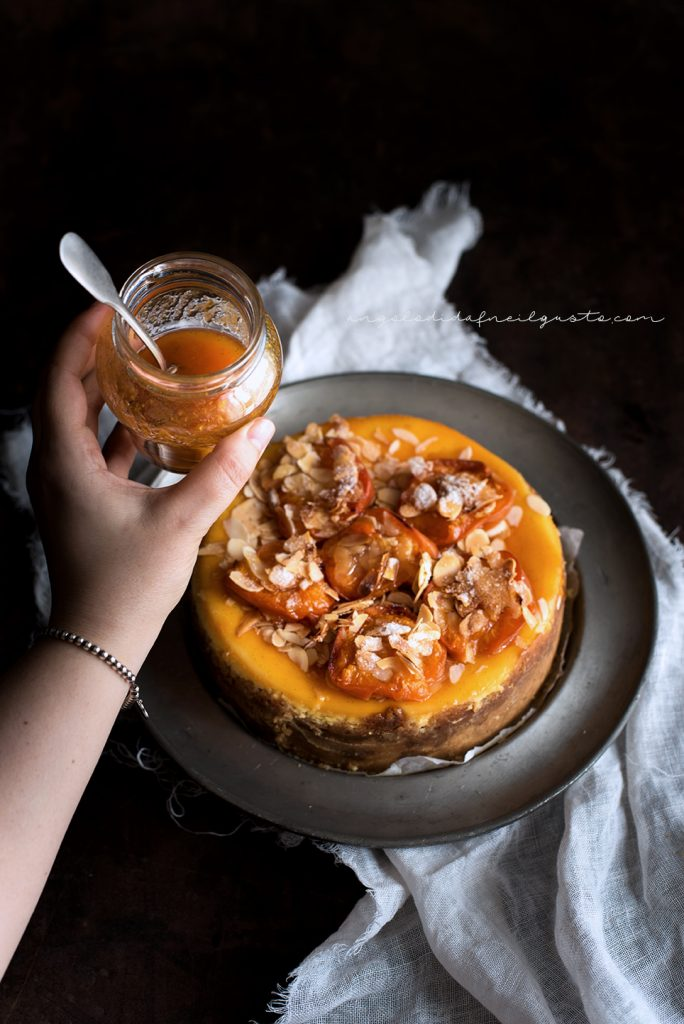Cheesecake alle albicocche e mandorle 5897