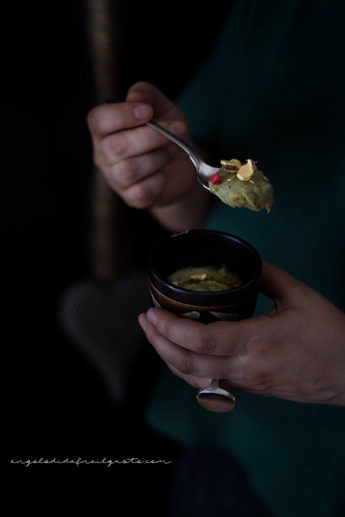 Mousse al mascarpone, te matcha e pistacchi 138