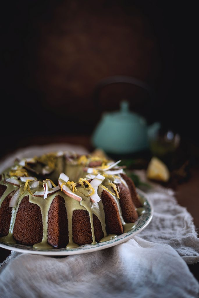 bundt-cake-alla-panna-cocco-e-te-matcha4