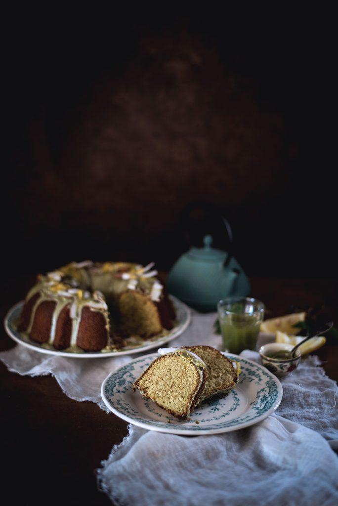 bundt-cake-alla-panna-cocco-e-te-matcha6