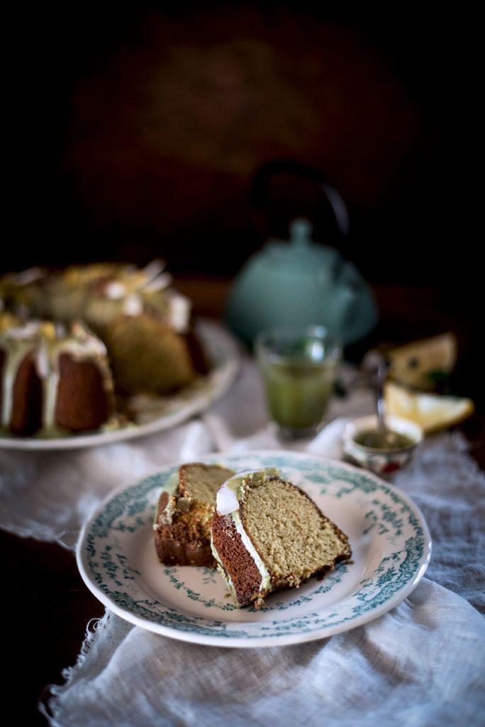 bundt-cake-alla-panna-cocco-e-te-matcha7