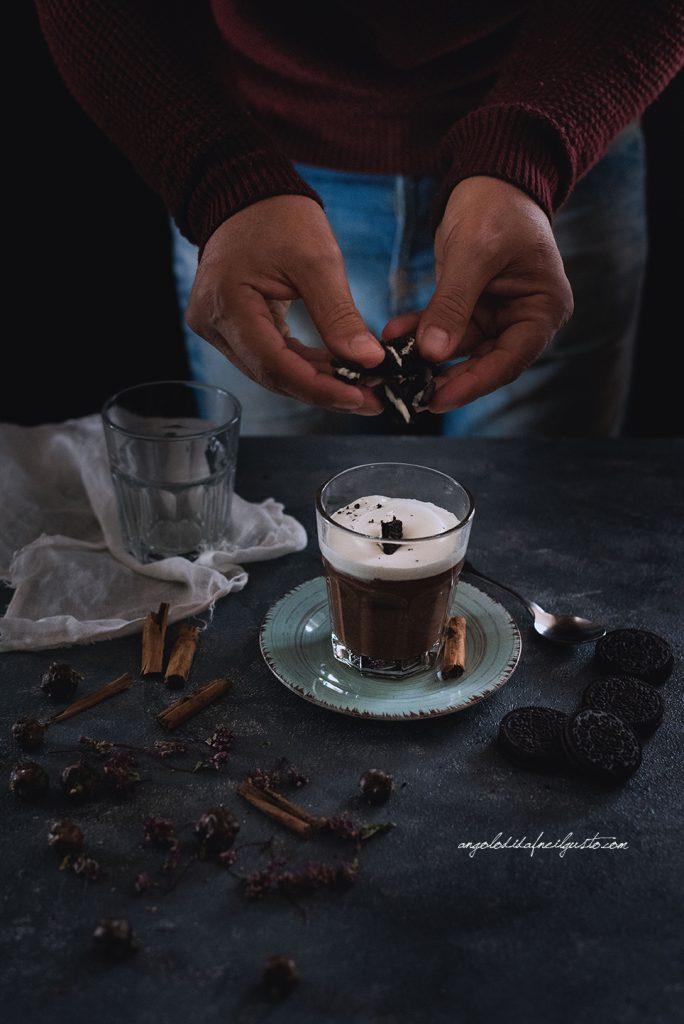 cioccolata-calda-alle-spezie-e-rum-3