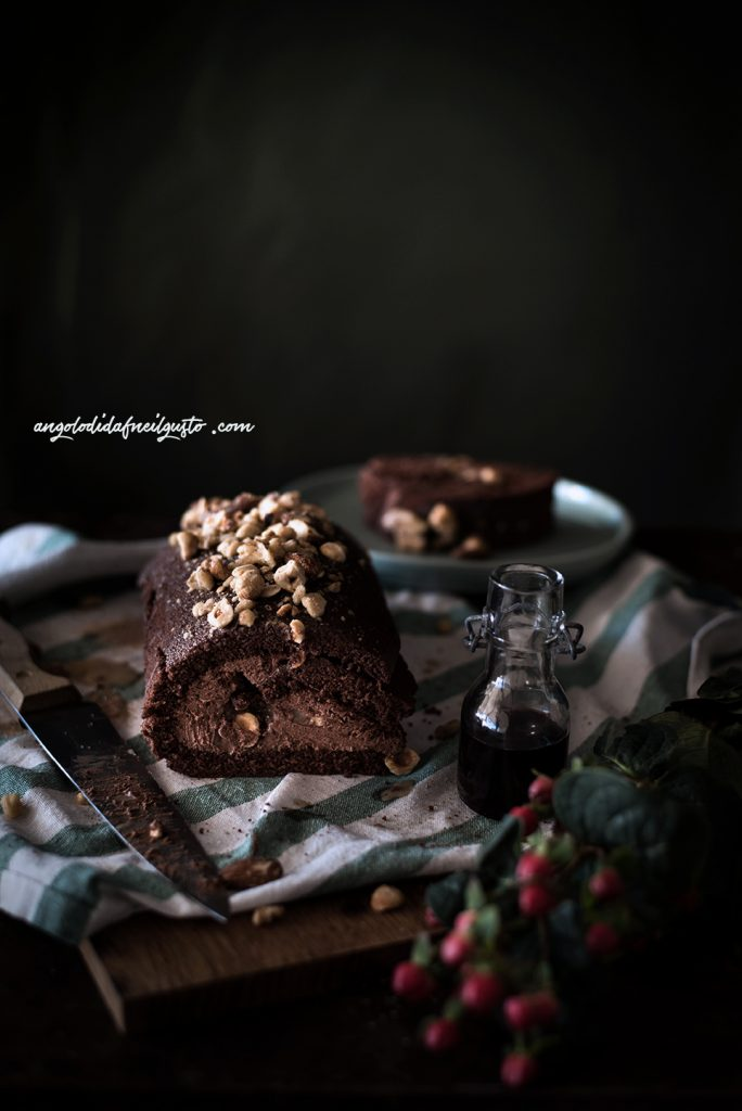 chocolate-mousse-cake-roll-11