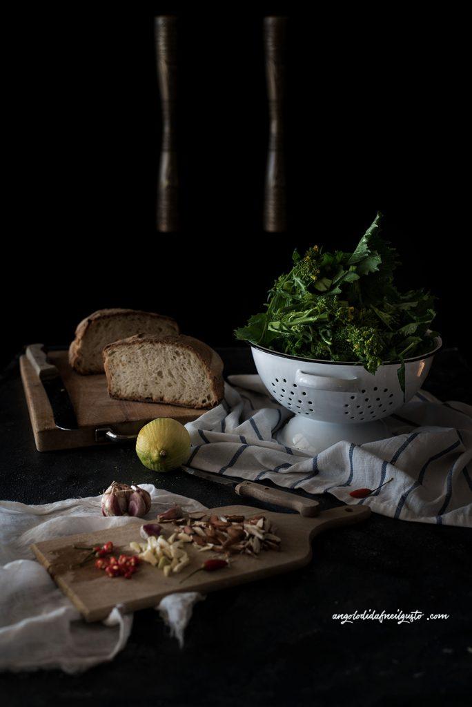 pan-cotto-con-cime-di-rapa-e-crema-di-cannellini-pane-fritto-e-mandorle-al-miele4