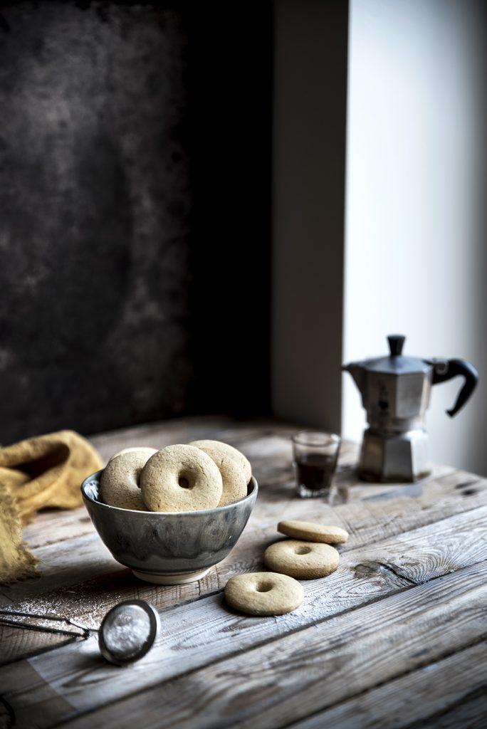 Biscotti al burro, panna e miele